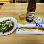 丸大ホール - ニラ玉 350円、煮穴子 600円