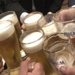 102305565 - 乾杯!