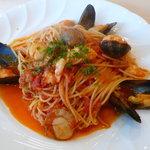 コアンドルー - 私が選んだ「海の幸のトマト風味スパゲティー」麺の硬さもほど良く、美味しく頂けた。満足度高い