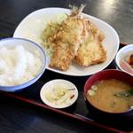 つるや - 料理写真:いわし大葉フライ定食