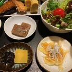 美味だし家 - 煮物・酢の物・彩りサラダ