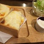 102315274 - チーズセット                       (税込660円)
