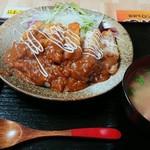 やんばる家 - 料理写真:沖縄風かつめしランチ(650円)