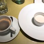 イル・クアドリフォーリオ - コーヒー&デザート