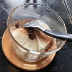 エアーサイド レストラン アンド ディパートメント - デザート   パンナコッタ