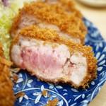 とんかつ檍 蒲田店 - カタロース断面