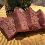 焼肉 ダイニング 天心 - 料理写真:厚切り上タン塩