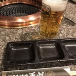 焼肉 ダイニング 天心 - 生ビール