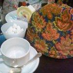 10234020 - ポットカバー付の紅茶