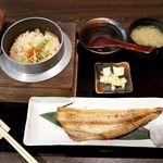 102353914 - 20190221本日の釜飯焼魚定食