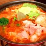 ジャパスタ - 冬季限定!トマト味噌の洋風モツ鍋