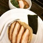 102362023 - 醤油つけ麺ハーフ+C