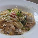 MIYAJIMA BREWERY - 牡蠣のクリームスパゲッティ