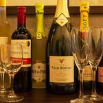 Restaurant &Bar B BAR - ワインとシャンパン