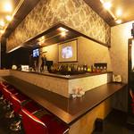 Restaurant &Bar B BAR - 全景