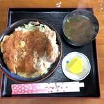 チューリップ - 料理写真:カツ丼(700円)