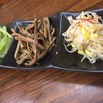 韓料理夢回廊 - 【'19.1】ナムルの盛り合わせはセロリが旨かったな~