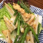 韓料理夢回廊 - 【'19.1】ニンニクの芽と鶏の軟骨炒め。旨いに決まってる