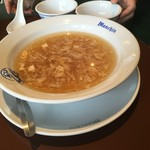 豊橋 萬珍軒 - スープです。フカヒレスープを一度 食べてみたい。(^^)