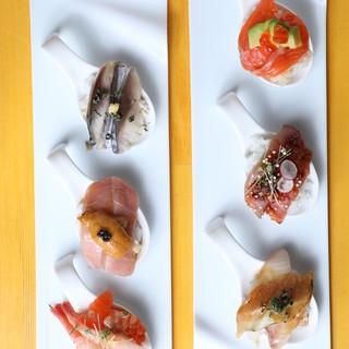 ◆一品350円~◆LA帰りの店主特製≪1スプーン創作寿司≫◎