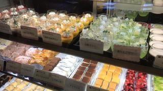 羅布乃瑠沙羅英慕 宇都宮東店 - ケーキ