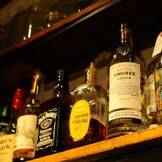 クラフトビールからカクテルや地酒まで揃う『Barのある食堂』