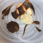 TRATTORIA CREATTA - 黒ソイのソテー 鱧のムースと椎茸のフリット 芽ひじきとヴェルガモットのソース