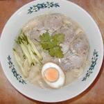 一福飯店 - 料理写真:刀削麺