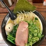 102402457 - 太麺680円  野菜3点盛り200円  半熟味玉100円                       野菜はネギ、もやし、ほうれん草