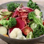 102403472 - 地場野菜のバルカサラダ 〜自家製ドレッシングでさっぱりと〜