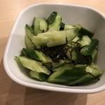 食事処 こもれび - たたき胡瓜