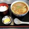 藤与志 - 料理写真:カレーうどん&小ライス