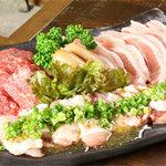 どったんばっ炭 - よくばり盛のお肉の盛合わせ