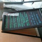 珈琲専門店 預言CAFE - 看板