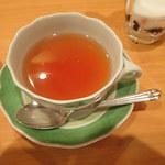 ディー・カッツェ - こちらの紅茶もまたおいしいミャ