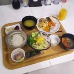 グレイトフル高千穂 - 地元の食材がいっぱい
