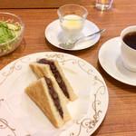 102426300 - 樫舎の小倉あんトースト                       8種の野菜サラダ                       自家製FK23ヨーグルト                       サブヒロオリジナルブレンド