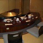 まつむら - 内観写真:掘りごたつ式の天婦羅専用の個室
