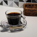 イタリアーナ ターヴォラ ドォーロ - コーヒー