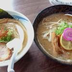 102449796 - 左:魚介鶏塩白湯/右:我流札幌味噌《期間限定》【Feb.2019】