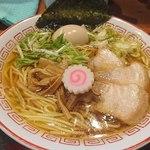 胡座 - 中華そば(750円)に味玉(100円)