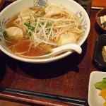 えるえる - 日替り(水餃子らーめん定食)