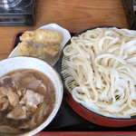 円満 - 料理写真:肉汁うどん大盛、かしわ天2個。