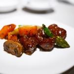 中国飯店 富麗華 - 牛肉の黒胡椒炒め