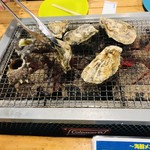 海勇水産 - 牡蠣 大    サザエ