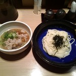 手延べうどん 水山 - 柚子胡椒の肉つけうどん(冷)