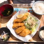 国頭港食堂 - 魚フライ定食