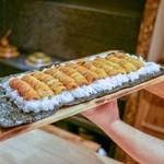 富小路 やま岸 - 料理写真:☆雲丹ドッグ11列 世界記録!