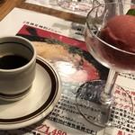 黒毛和牛とラクレット専門店 ワインバル 80 - コーヒーとデザート