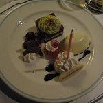 ブルーバイユー・レストラン - 娘の分のデザートには誕生日のロウソクを付けてもらいました